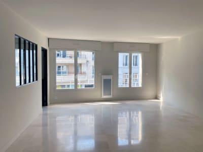 Boulogne-J Jaurès. Appartement 4P . 97 m². Terrasse 40 m². Sous-