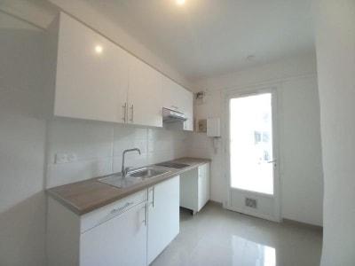 Appartement rénové Marseille - 2 pièce(s) - 34.09 m2