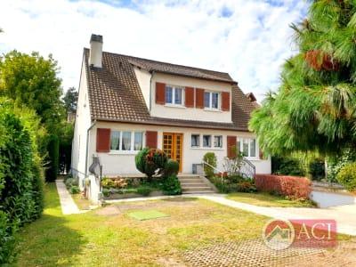 Maison individuelle -  Deuil La Barre 8 pièces 174 m²