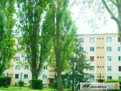 Poissy - 3 pièce(s) - 55.9 m2 - Rez de chaussée