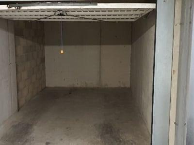 A Vendre BOX en Sous-Sol dans une residence secteur 14eme