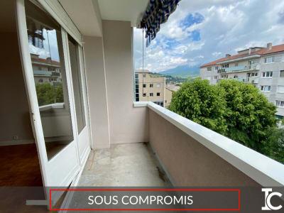 Appartement Voiron 4 pièce(s) 74 m2