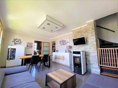 Charmante Maison entièrement rénovée de 99 m2 sur  FRUGES