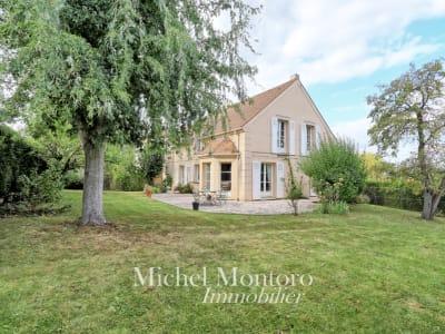 Maison à vendre à Saint Germain En Laye 8 pièce(s) 200.03 m2