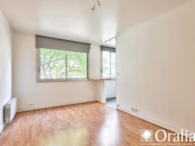 Paris 10 - 1 pièce(s) - 23.38 m2 - 2ème étage