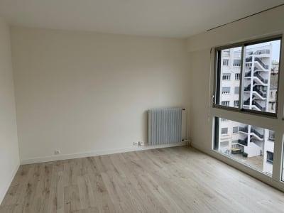 Appartement Paris 1 pièce(s) 27.68 m2