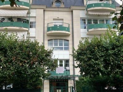 La Garenne-colombes - 5 pièce(s) - 111 m2