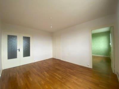 Belleville - 3 pièce(s) - 56.84 m2 - 10ème étage