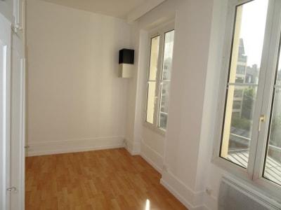 St Mande - 1 pièce(s) - 13.73 m2