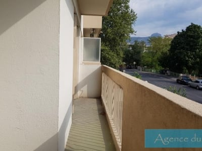 Aubagne - 3 pièce(s) - 67 m2