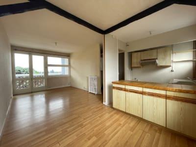 Guilhemery - Appartement T3 de 52 m² avec extérieur et vue dégag