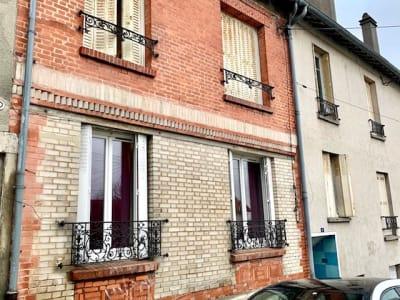 Charmant 3 pièces 57 m²  A 8 minutes pieds du RER  D
