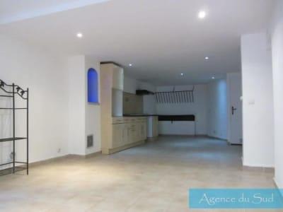 Saint Zacharie - 2 pièce(s) - 80 m2 - Rez de chaussée