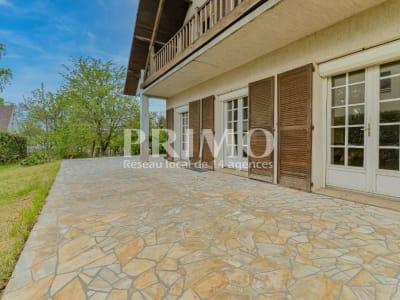 Maison ANTONY 6 pièces -172 m² hab. avec sous-sol total - 927 m²