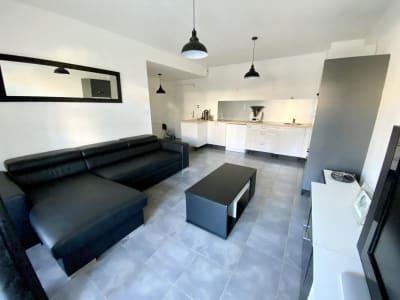 Plan De Cuques - 3 pièce(s) - 54 m2