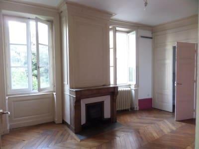 Lyon 01 - 3 pièce(s) - 76 m2 - 4ème étage