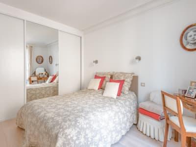 Appartement Paris 2 pièces -  36 m2 - rue Valadon 75007