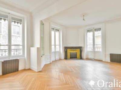 Lyon 07 - 4 pièce(s) - 75.21 m2 - 1er étage