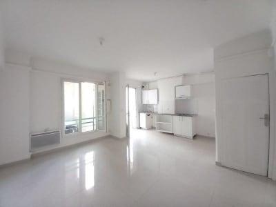 Appartement rénové Marseille - 3 pièce(s) - 44.54 m2
