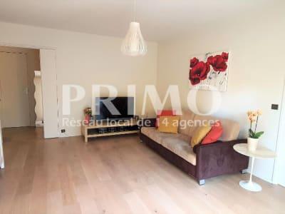 Appartement Verrieres Le Buisson 3 pièce(s) 66 m2