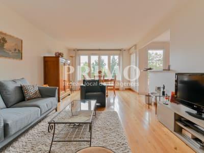 Appartement 4 PIECES de 89m² - Proche commerces et futur tramway