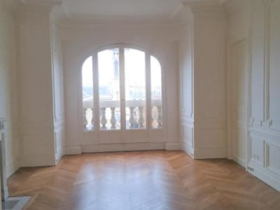 Appartement rénové Paris - 5 pièce(s) - 96.2 m2
