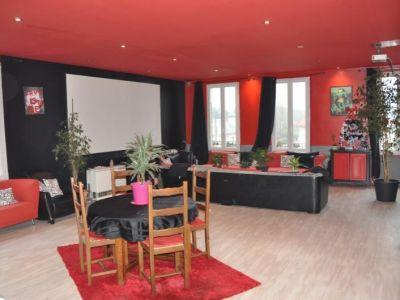 Villeneuve St Germain - 2 pièce(s) - 125 m2 - 1er étage