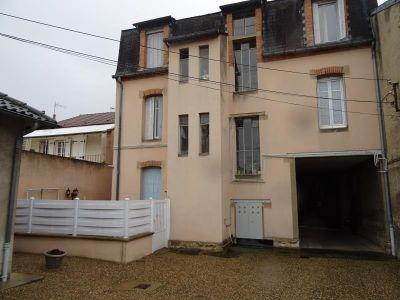 Moulins - 4 pièce(s) - 74 m2 - Rez de chaussée