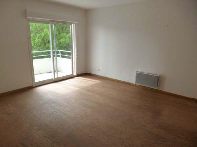 1701 - 2 pièce(s) - 48.81 m2