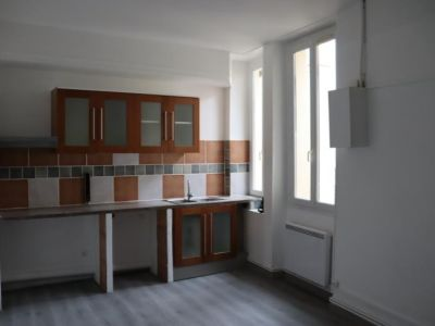 Nîmes - 3 pièce(s) - 49.2 m2 - 2ème étage