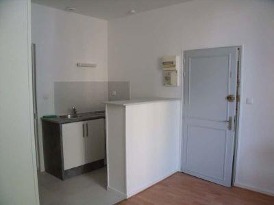Poitiers - 2 pièce(s) - 27.7 m2 - Rez de chaussée