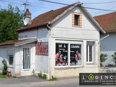 LOCAL COMMERCIAL ST DIE - 50 m2