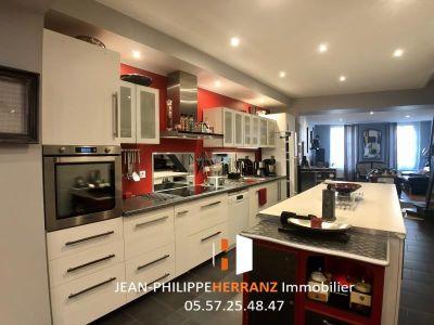 Libourne - 7 pièce(s) - 191 m2 - 3ème étage