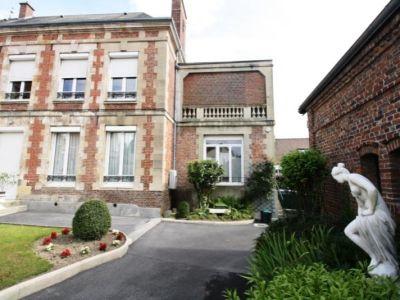 Montdidier - 4 pièce(s) - 143.9 m2 - Rez de chaussée