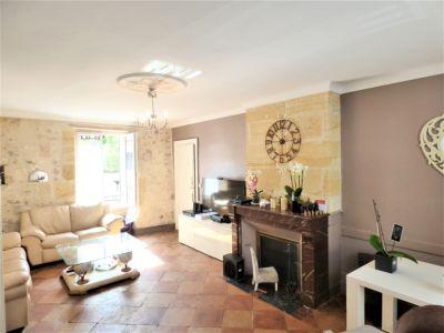Maison de ville à vendre 250 m² + garage 24230 LAMOTHE MONTRAVEL