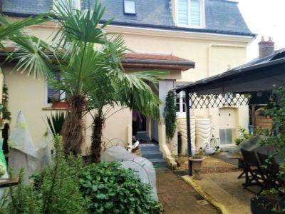 Maison Maintenon 6 pièce(s) 125 m2