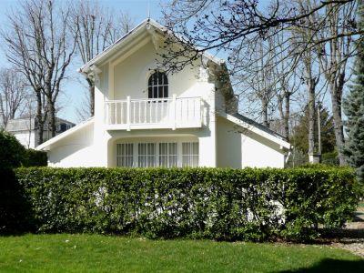 Maison ancienne - Entrée de Parc