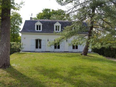 A Vendre Maison 9 pièces à Dammarie-Les-Lys