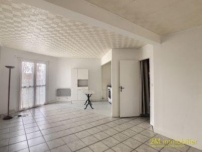 Studio à louer  Vaux Le Pénil 39.58 m2