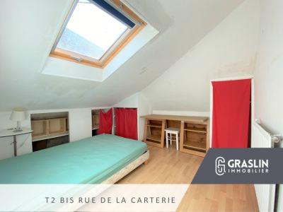 Dernier étage, T2Bis Rue de la Carterie