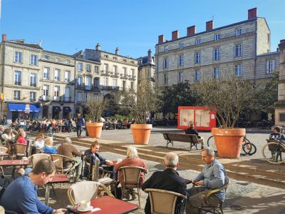 Cession de bail 60 m² Bordeaux quartier Saint Pierre