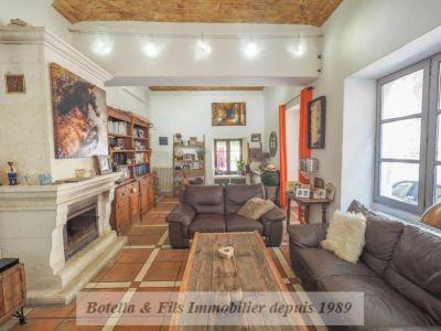 Bagnols Sur Ceze - 9 pièce(s) - 232 m2