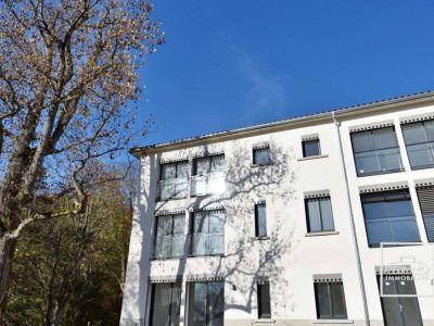 Appartement Saint Didier Au Mont D'Or de 148.86 m² en Rez de Jar