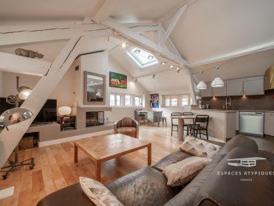 Appartement contemporain avec vue sur les toits