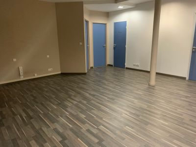 BUREAUX 80 m2 + SALLE DE CONF 100M2 EN S/S _ ROUEN BVD DES BELGE