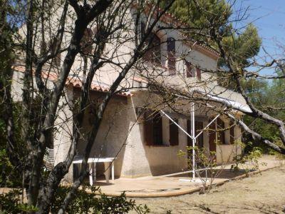 Villa T6. Proximité Les Accates / La Valentine. 158 m2. BE. 630