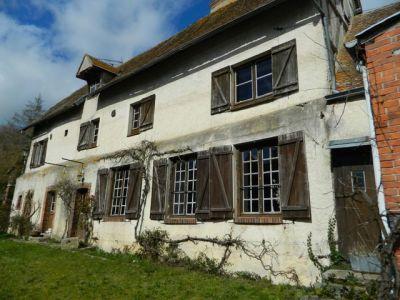 Casa antiga 9 quartos