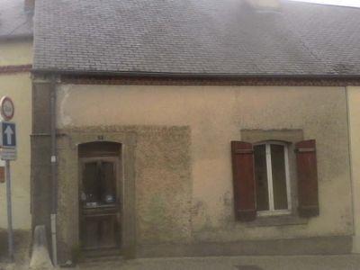 MAISON DE VILLAGE IVOY LE PRE - 3 pièce(s) - 85 m2