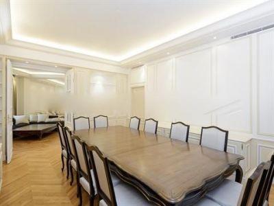 Appartement Neuilly Sur Seine 5 pièce(s) 196 m2