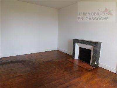 Auch - 1 pièce(s) - 30.61 m2 - Rez de chaussée